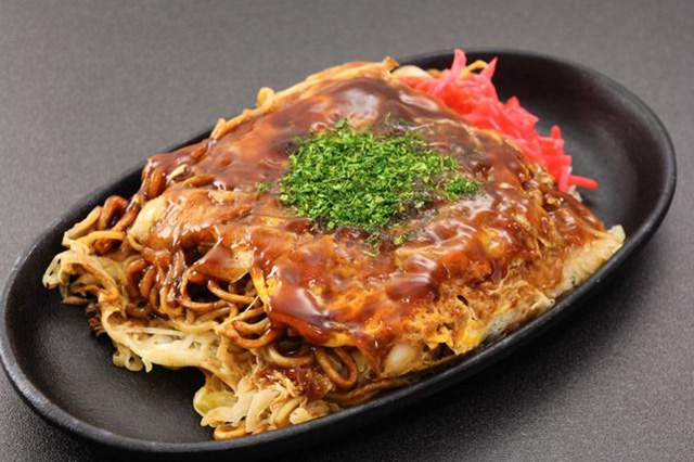 Enjoy Regional Cuisine! Five Select Local Specialties to Try in the Chugoku Region